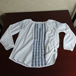 Beachlunchlounge white embroidery cotton top M